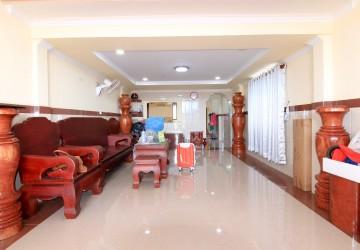 2 Bedroom Flat For Rent - Svay Dangkum, Siem Reap