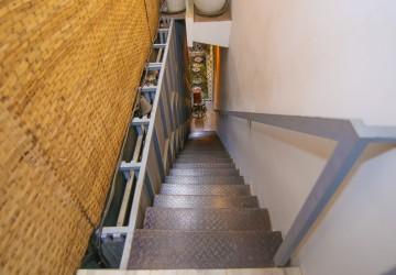 4 Bedrooms Townhouse For Rent in BKK3, Phnom Penh thumbnail