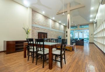 6 Bedroom House For Sale in Phnom Penh - Tonle Bassac