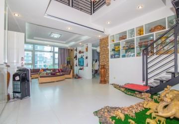5 Bedroom Penthouse For Rent - BKK3, Phnom Penh