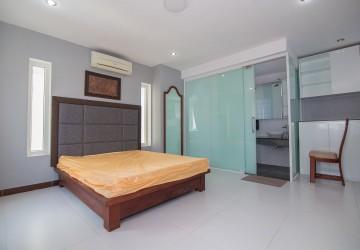 15 Unit Apartment Building For Rent - BKK2, Phnom Penh thumbnail