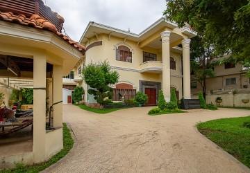 Commercial Villa  For Rent - Khan 7 Makara, Phnom Penh