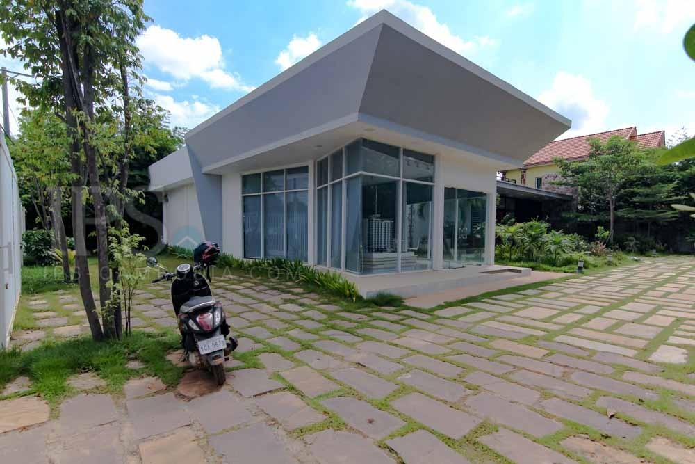 96 sq.m. Office Space For Rent - Svay Dangkum, Siem Reap