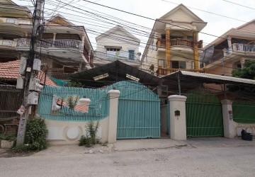4 Bedroom House For Sale - Boeung Tumpun, Phnom Penh thumbnail