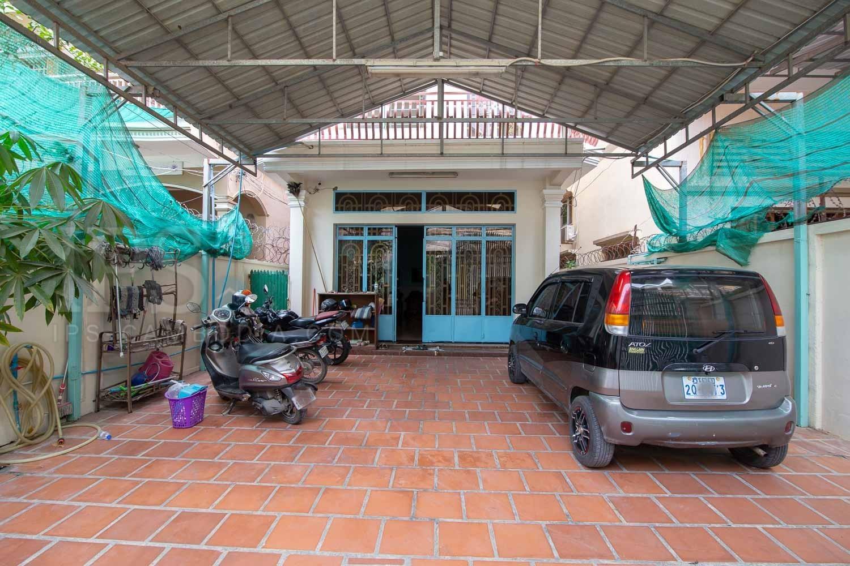 4 Bedroom House For Sale - Boeung Tumpun, Phnom Penh