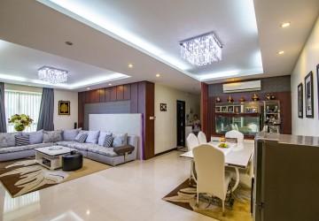 3 Bedroom Condo Unit For Rent - Tonle Bassac, Phnom Penh