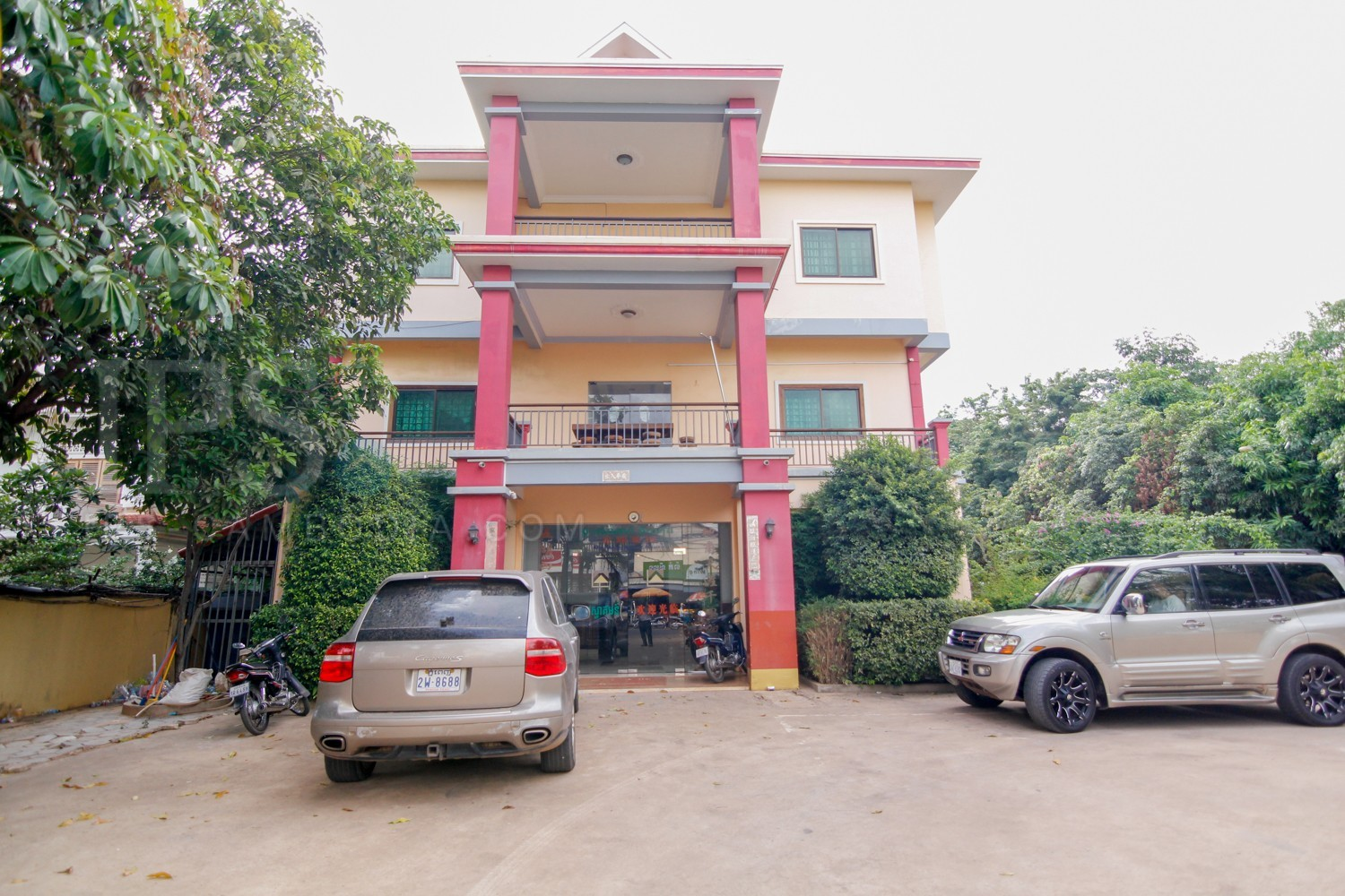 60 Room Guest House  For Sale - Svay Dangkum, Siem Reap