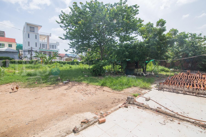 1,512 sq.m. Land For Sale - Boeung Trabek, Phnom Penh