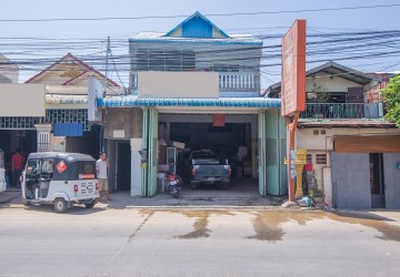 2 Shop house Units For Rent on St 371, Phnom Penh