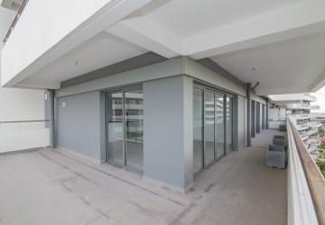 3 Bedroom Corner Condo Unit For Sale - Khan Por Sen Chey, Phnom Penh