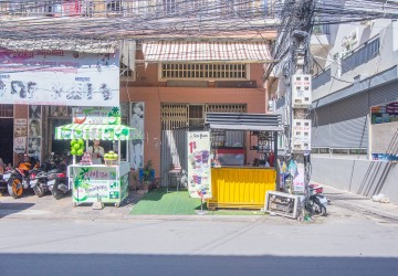 3 Bedroom Shop House For Sale - Toul Kork, Phnom Penh