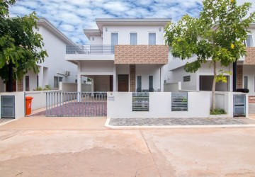 3 Bedroom Villa and Townhouse For Rent - Sra Ngae, Siem Reap
