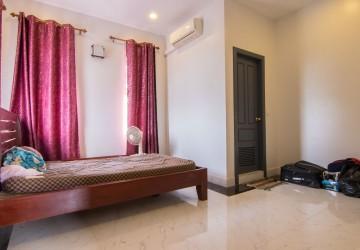 4 Bedroom Villa For Rent - Svay Dangkum, Siem Reap thumbnail