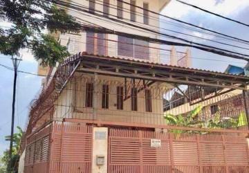 4 Bedroom Flat For Sale - Beoung Tumpun, Phnom Penh