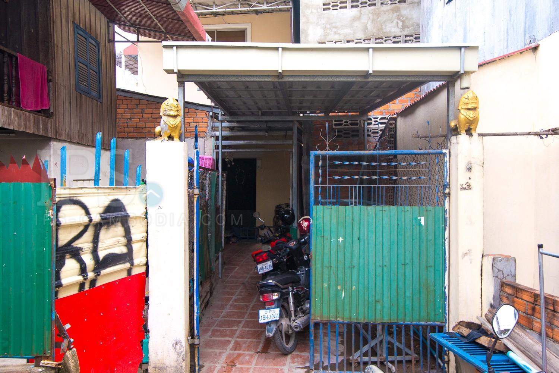 3 Bedroom Town House For Sale - Sen Sok, Phnom Penh