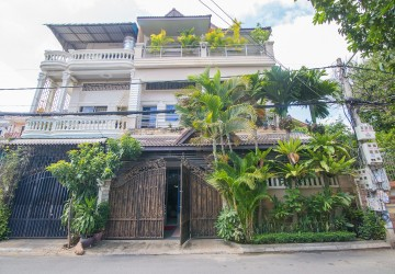 2 Flats  For Rent in BKK3, Phnom Penh