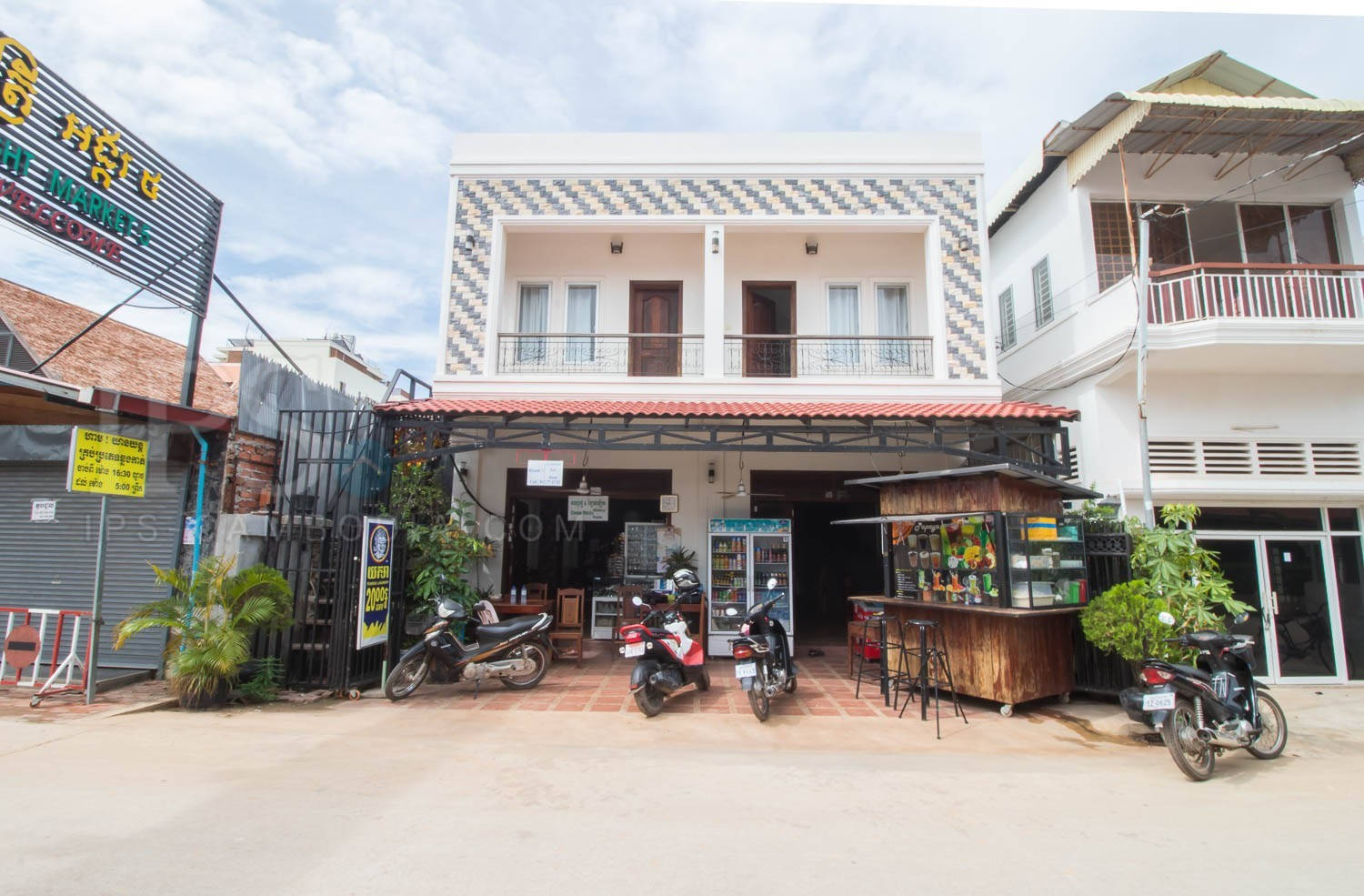 5 Bedroom Villa Behind Night Market - Siem Reap Rentals