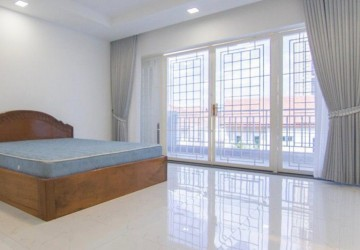 4 Bedroom Townhouse For Sale - Tonle Bassac, Phnom Penh