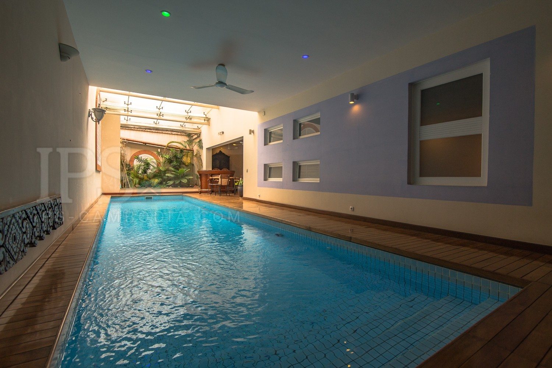6 Bedroom Townhouse For Rent - Daun Penh, Phnom Penh