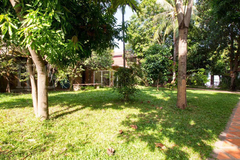 3 Bedroom Apartment For Rent - Chroy Chongva, Phnom Penh