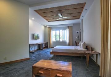 Spacious Studio Room For Rent - BKK 1 , Phnom Penh