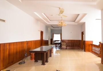 5 Bedrooms Villa For Rent - Toul Svay Prey 1 , Phnom Penh thumbnail