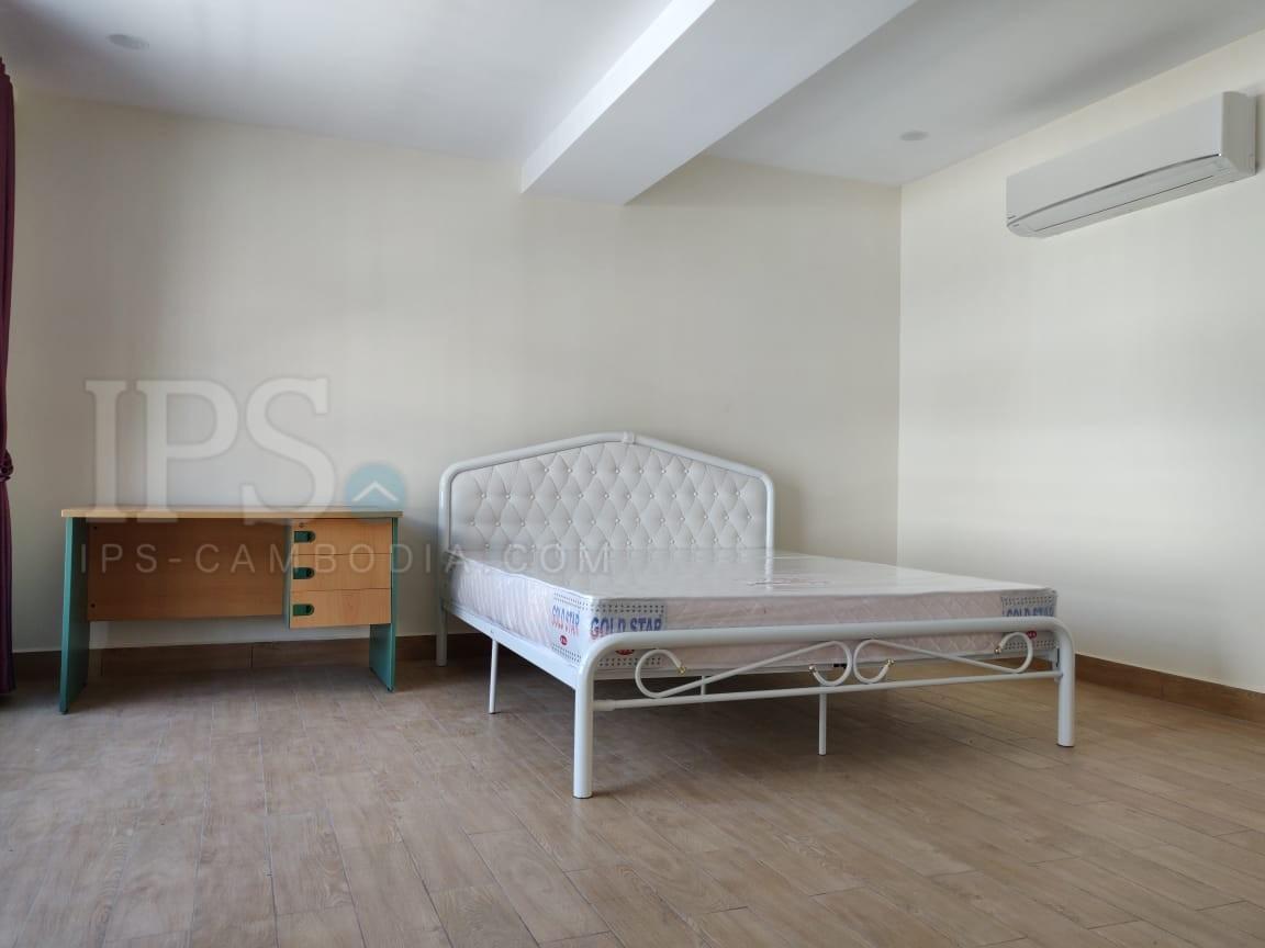 4 Bedroom Villa  For Rent - Daun Penh, Phnom Penh