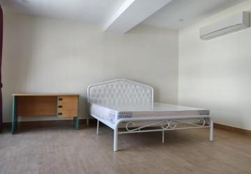 4 Bedroom Villa  For Rent - Daun Penh, Phnom Penh thumbnail
