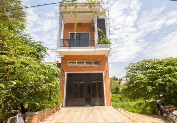 4 Bedroom Townhouse For Rent - Chreav, Siem Reap