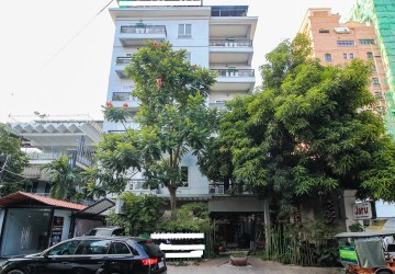 340 Sqm Restaurant Space For Lease - BKK1, Phnom Penh