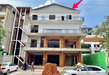 1159 sq.m. Commercial Building For Rent - Daun Penh, Phnom Penh