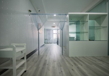 75 sq.m. Office Space For Rent - BKK1, Phnom Penh thumbnail