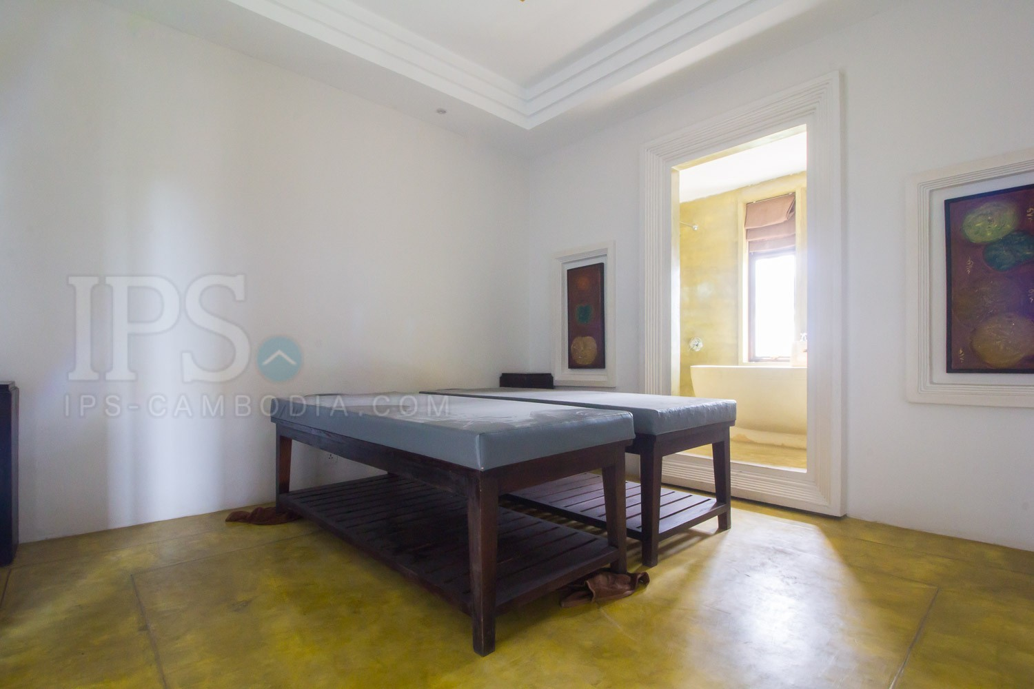 16 Room Hotel  Spa For Rent - Night Market Area, Siem Reap
