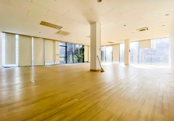 110 Sqm Office Space For Rent - Tonle Bassac, Phnom Penh