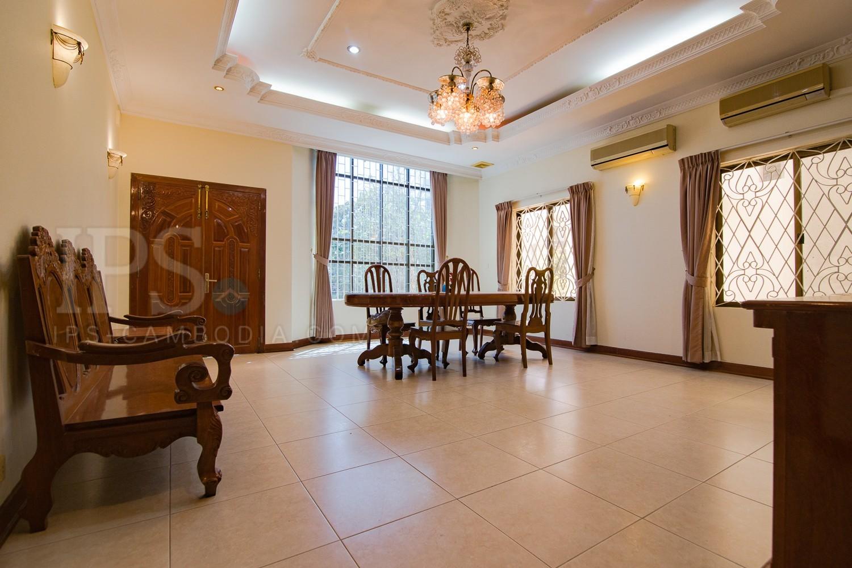 7 Bedrooms Villa For Rent - Daun Penh, Phnom Penh