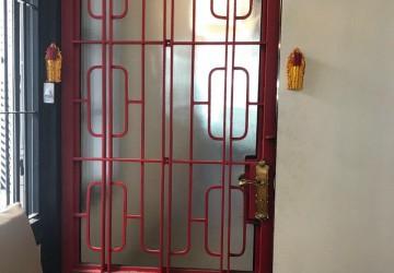 2 Bedroom House For Sale - Daun Penh, Phnom Penh thumbnail