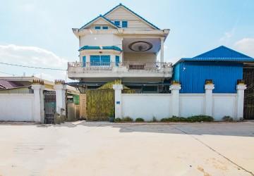 8 Bedroom Commercial Villa For Sale - Chaom Chau, Phnom Penh
