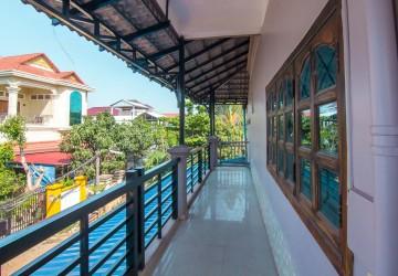 10 Room Commercial  Building For Rent - Slor Kram, Siem Reap