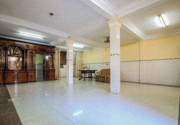 7 Bedroom Villa For Rent - BKK3, Phnom Penh thumbnail