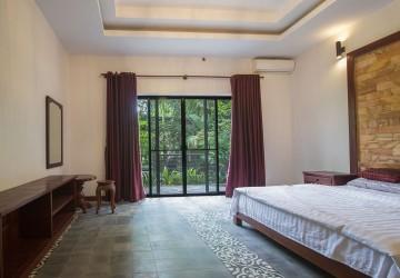 2 Bedrooms Apartment For Rent - Svay Dangkum, Siem Reap