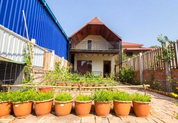 1 BedRoom  Wooden Villa For Sale - Sala Kamreuk, Siem Reap