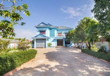 6 Bedrooms Villa  For Rent - Svay Dangkum, Siem Reap
