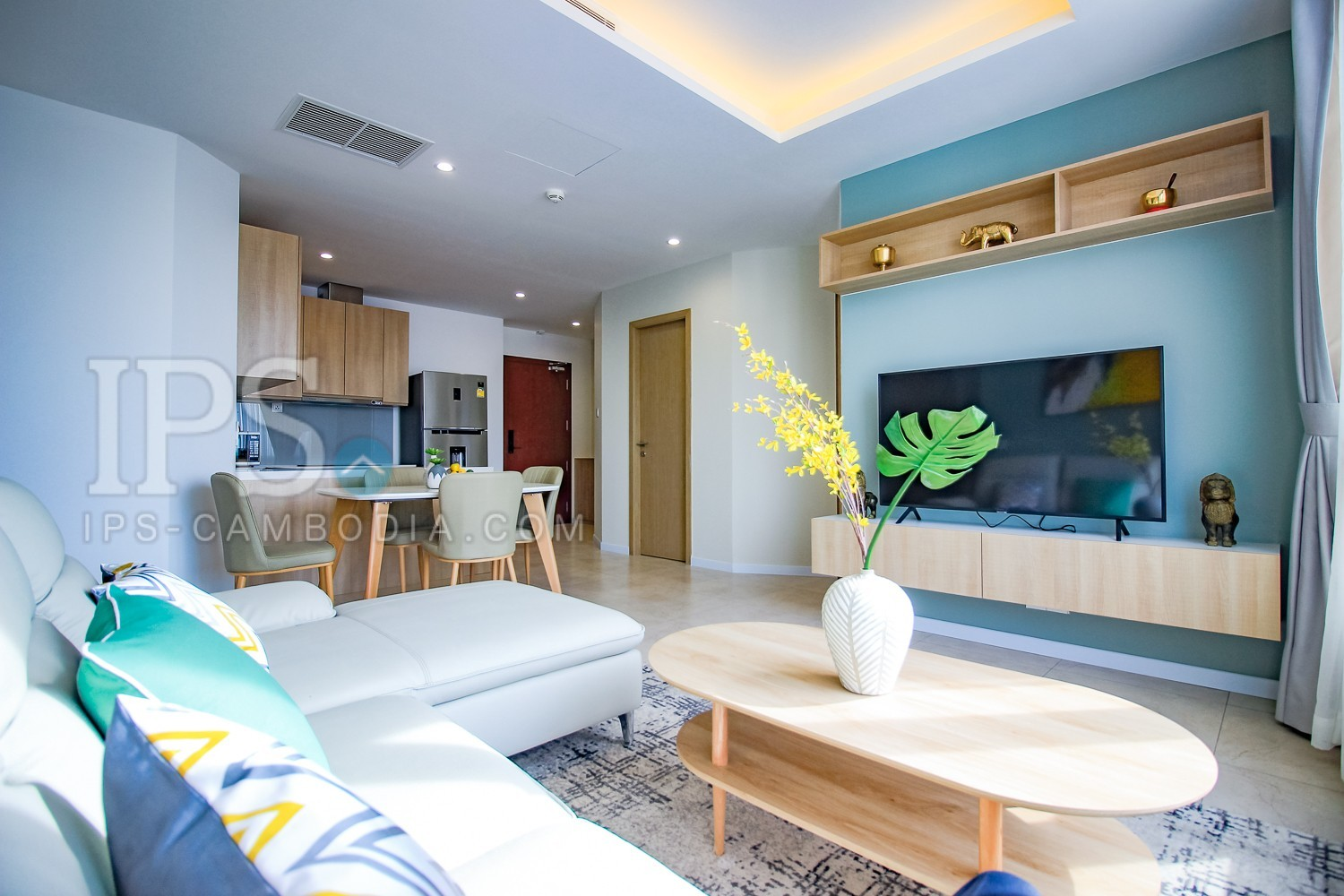 3 Bedroom Condo Unit For Rent - Tonle Bassac, Phnom Penh