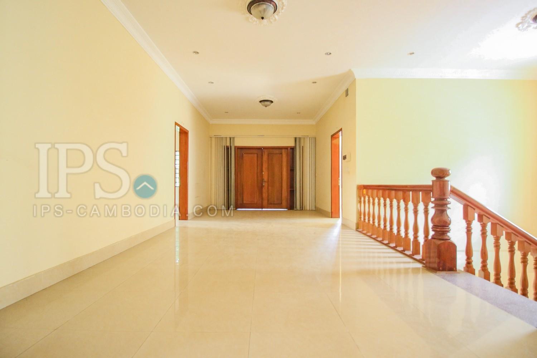 4 Bedroom Villa For Sale - Toul Kork, Phnom Penh