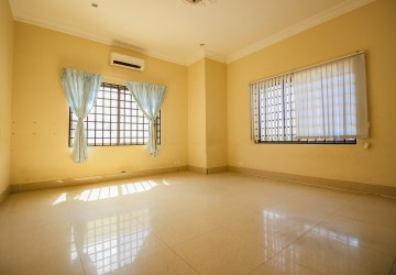 4 Bedroom Villa For Sale - Toul Kork, Phnom Penh  thumbnail