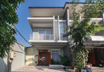 3 Bedroom Flat For Sale - Svay Dangkum, Siem Reap