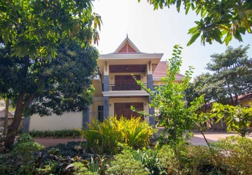 5 Bedroom  Villa For Rent - Slor Kram, Siem Reap