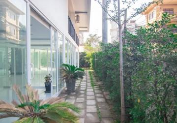 100 Sqm Office Space For Rent - Slor Kram, Siem Reap
