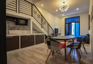 2 Bedroom Duplex Apartment For Rent - Near Post Office, Phnom Penh thumbnail