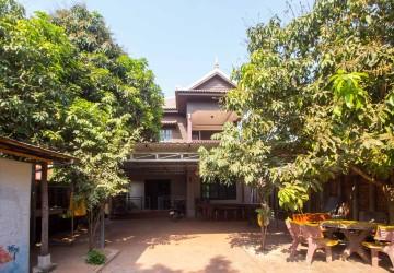 5 Bedrooms Khmer Villa for Sale in Siem Reap -  Sala Kamruek